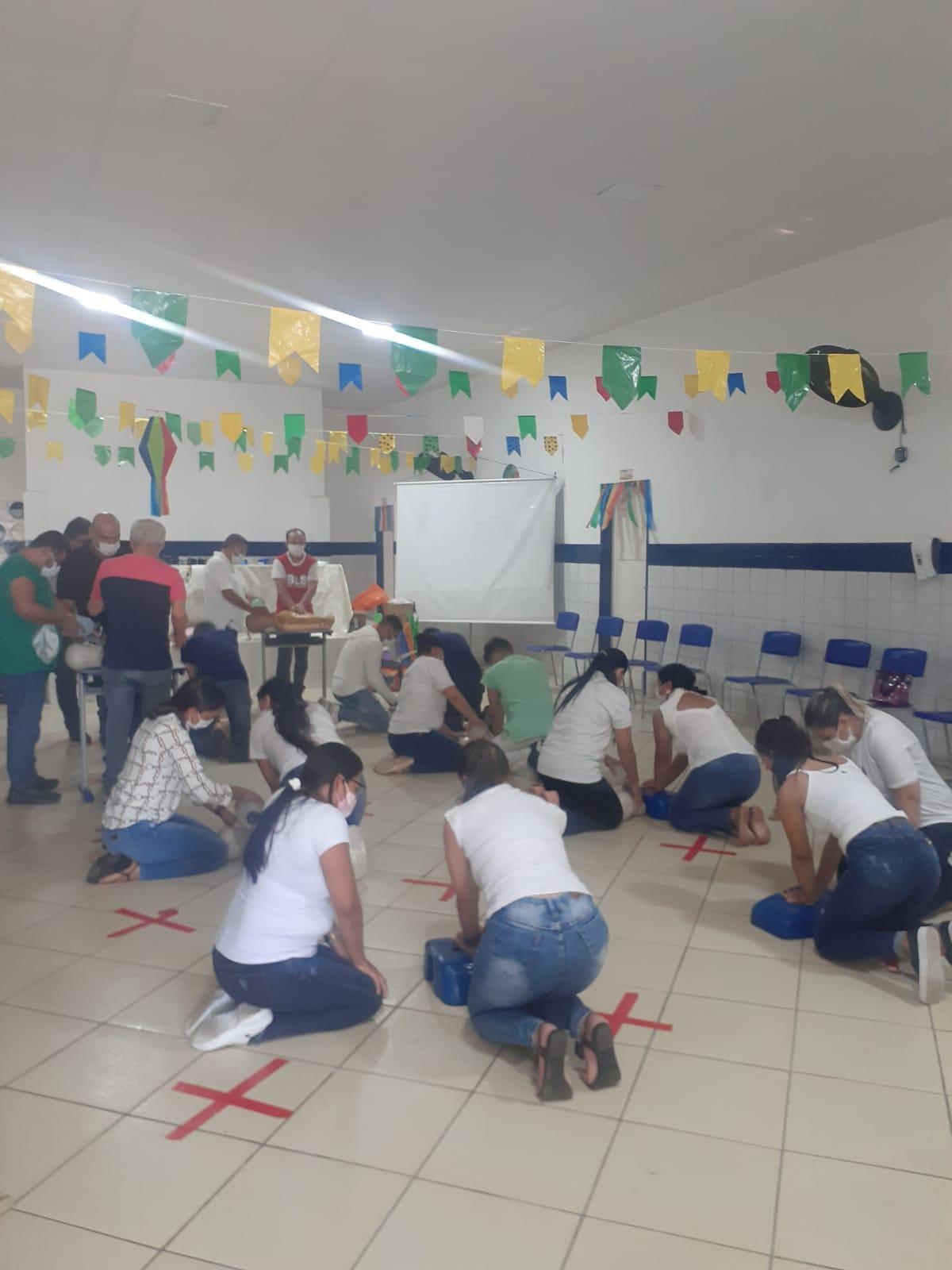 Profissionais da Secretaria de Saúde de Duas Estradas participam de treinamento de atendimento pré-hospitalar e suporte à vida